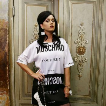 Katy-Perry-Moschino-Show-during-the-88-Pitti-Uomo-01-662×993
