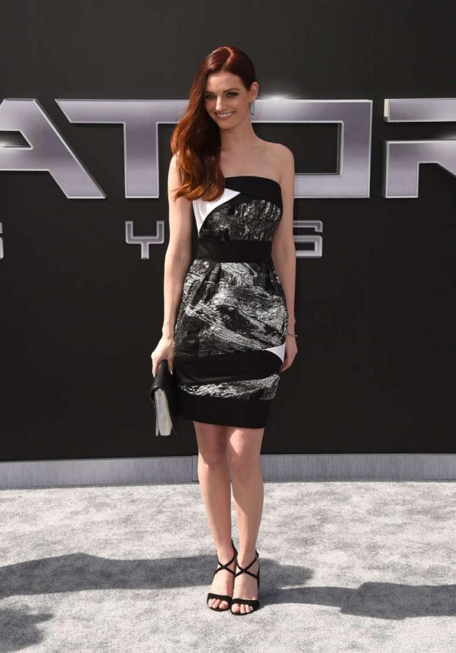 Lydia-Hearst--Terminator-Genisys-Premiere-