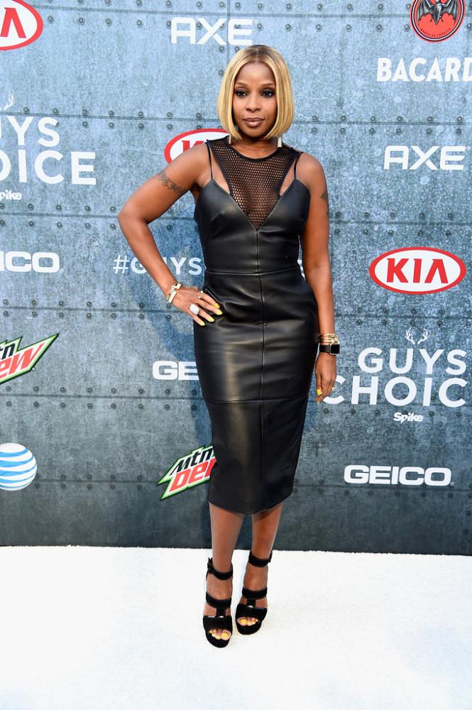 Mary-J-Bliges-Spike-TV-Guys-Choice-Awards-KLS-Kimora-Lee-Simmons-Mesh-and-Leather-Karina-Dress