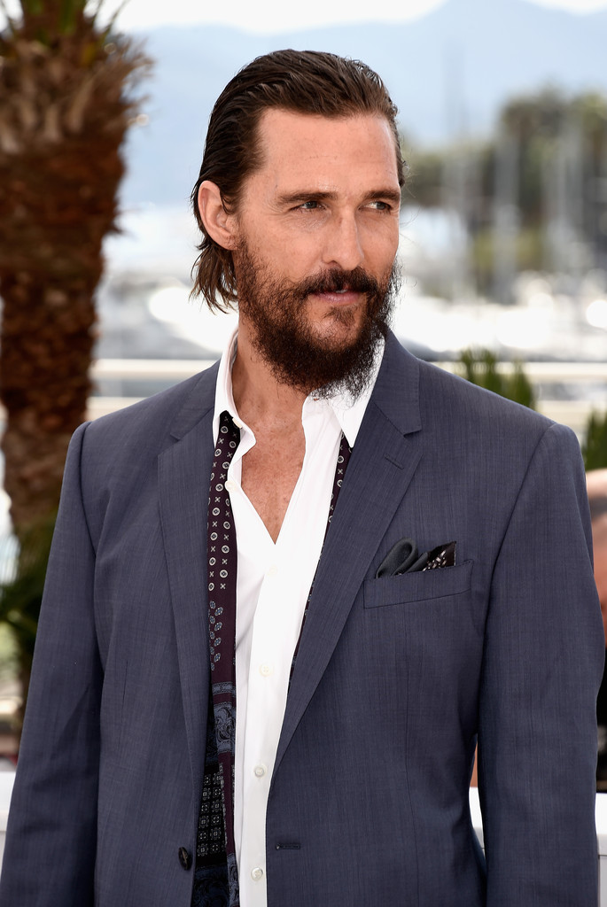 matthew-mcconaughey-dolce-gabbana-sea-trees-cannes-film-festival-photocall/