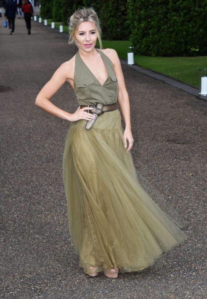 Mollie-King--Vogue-and-Ralph-Lauren-Wimbledon-party