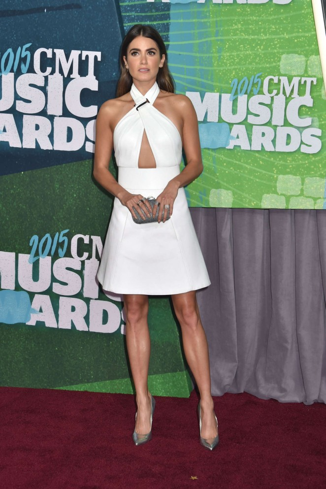Nikki-Reed--2015-CMT-Music-Awards-\