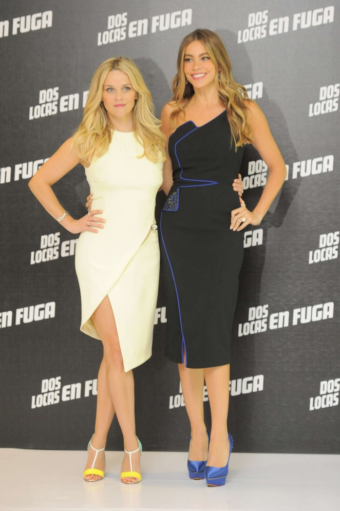 Reese-Witherspoon-&-Sofia-Vergara--Hot-Pursuit-Photocall-