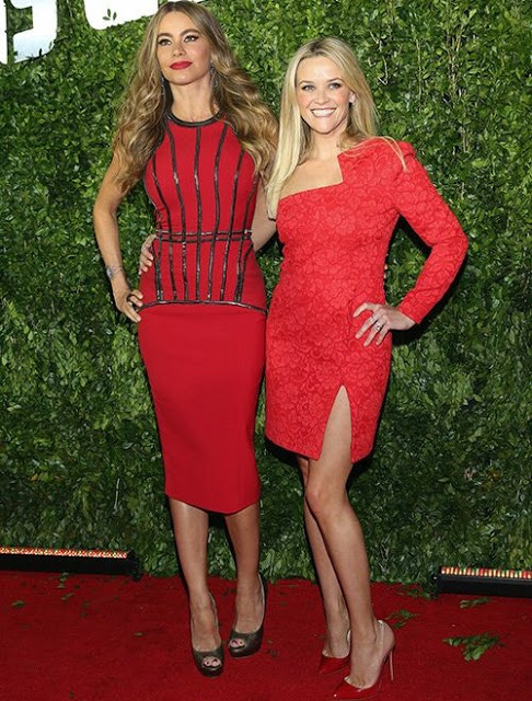 sofia-vergara-reese-witherspoon-at-the-hot-pursuit-mexico-city-premiere