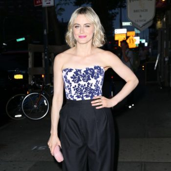 Taylor-Schilling-The-Overnight-NY-Premiere-03-662×1027