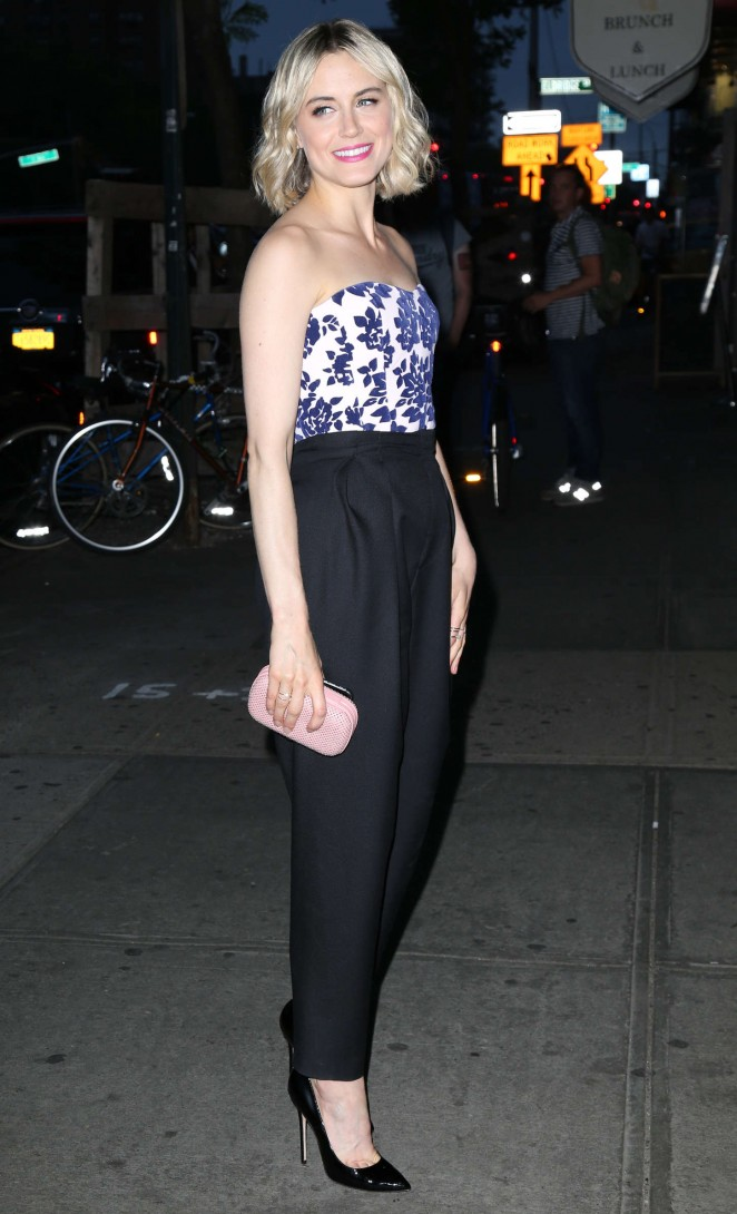 taylor-schilling-in-mary-katrantzou-philosophy-at-the-overnight-nyc-premiere