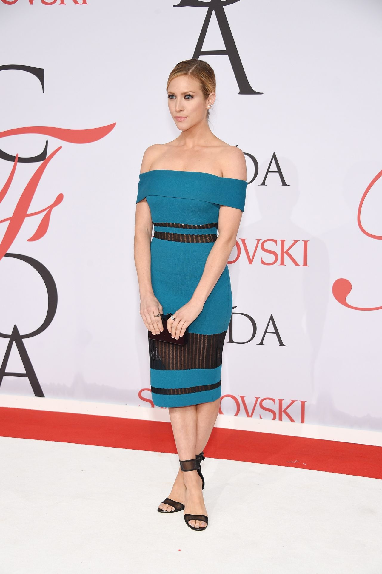brittany-snow-2015-cfda-fashion-awards-in-new-york-city_