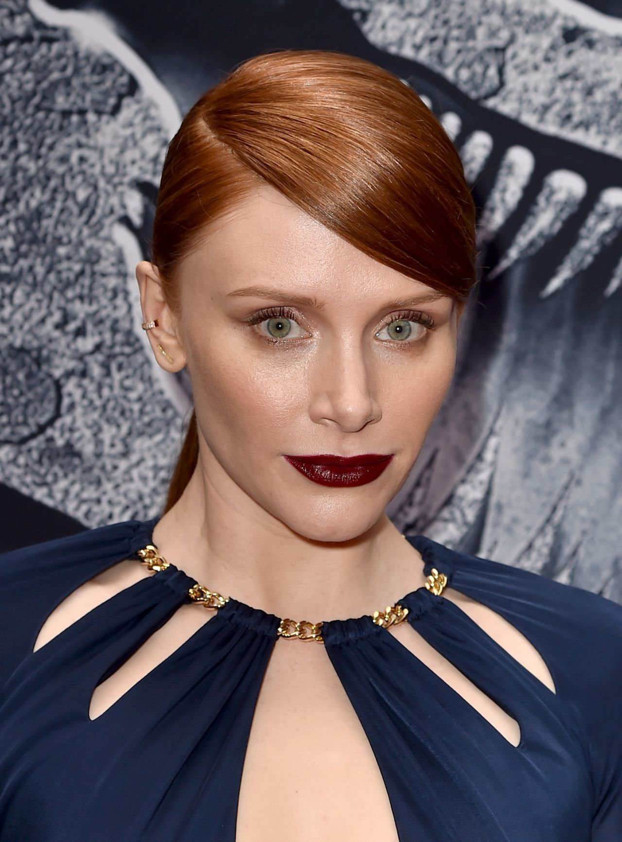 bryce-dallas-howard-jurassic-world-premiere-in-hollywood_2