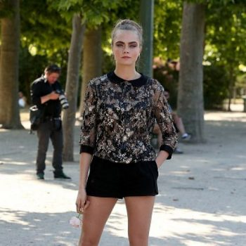 cara-delevingne-out-in-paris-june-2015_2