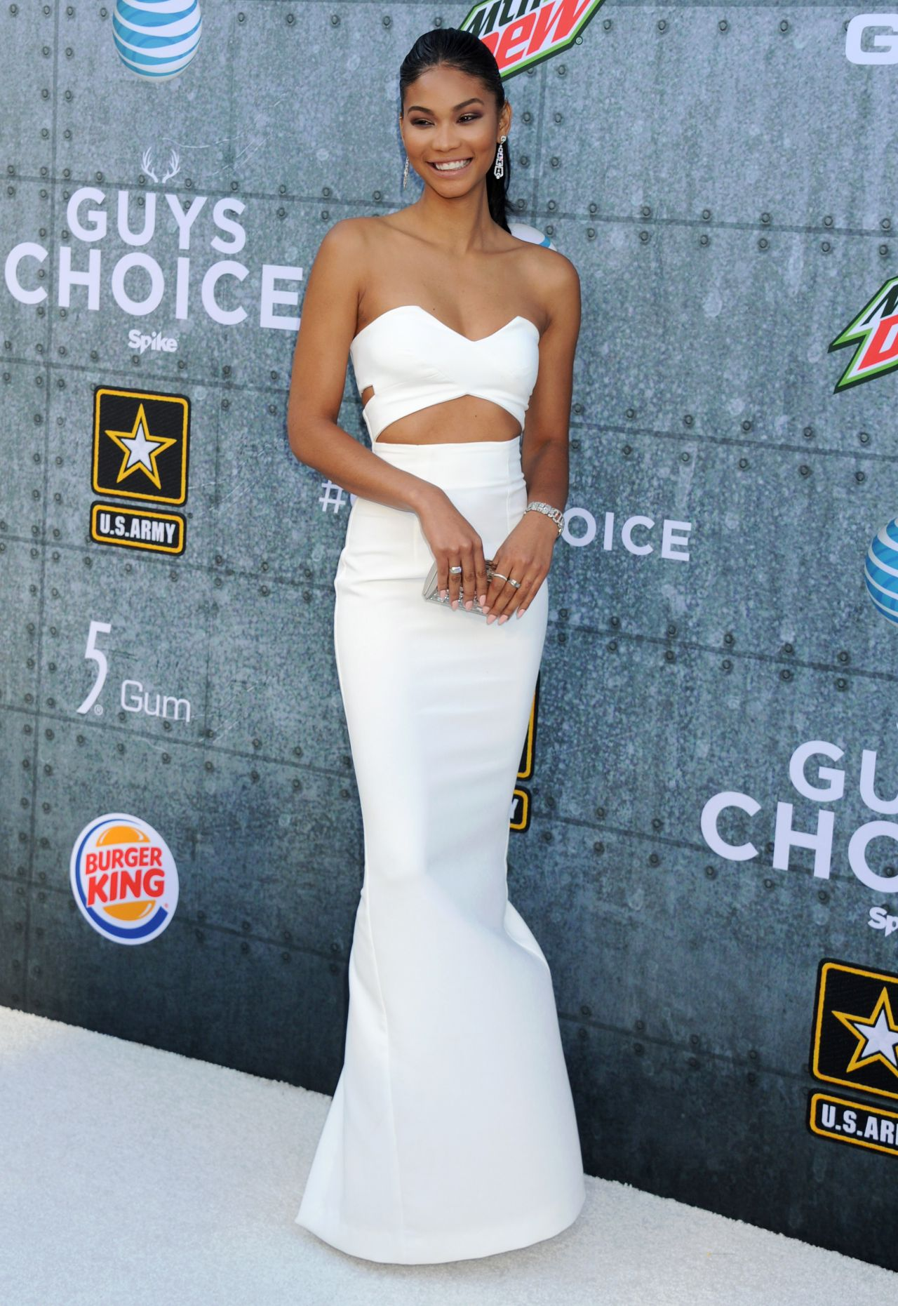 chanel-iman-spike-tv-s-2015-guys-choice-in-culver-city_