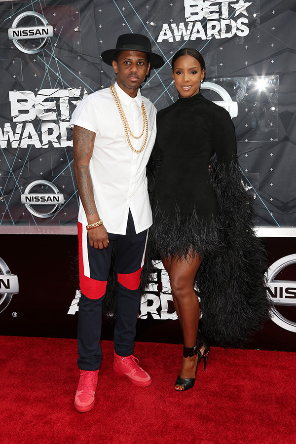 KELLY-ROWLAND-fabulous-bet-awards-2015-red-carpet