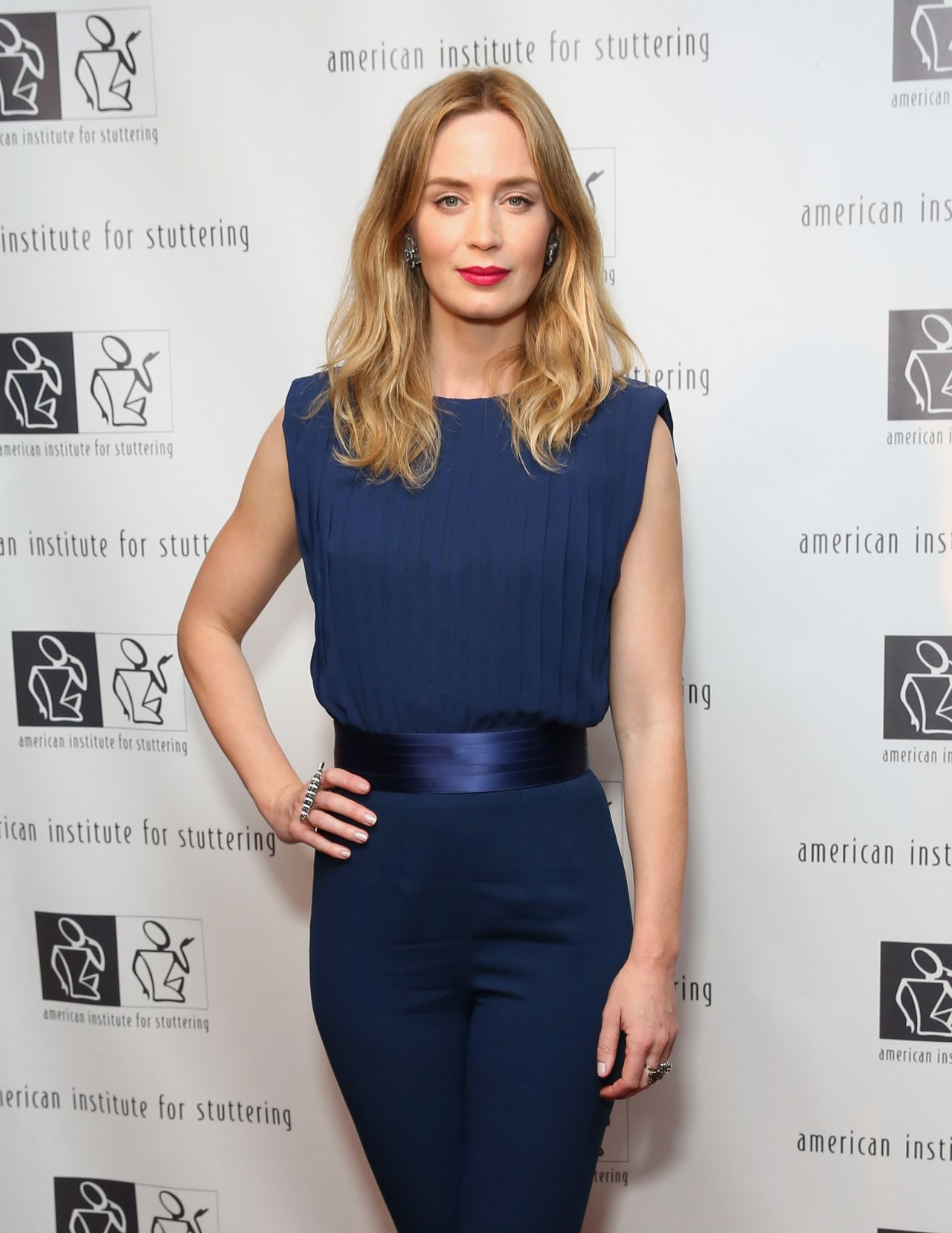 emily-blunt-2015-ais-freeing-voices-changing-lives-benefit-gala-in-ny