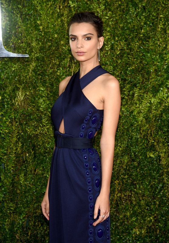 emily-ratajkowski-2015-tony-awards-in-new-york-city_