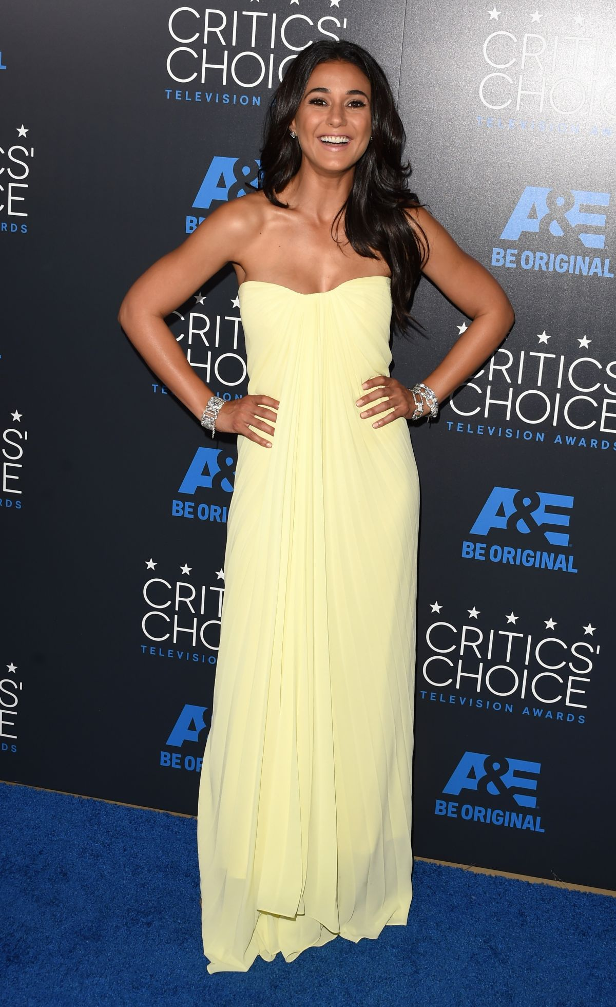 emmanuelle-chriqui-at-5th-annual-critics-choice-television-awards-in-beverly-hills_4