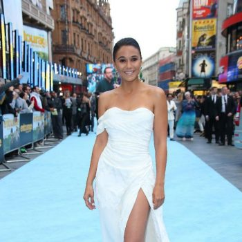 emmanuelle-chriqui-entourage-premiere-in-london_20