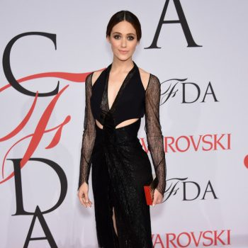 emmy-rossum-dion-lee-2015-CFDA-Fashion-Awards-Inside-Arrivals-wiP9oL4ZSFx-688×1000