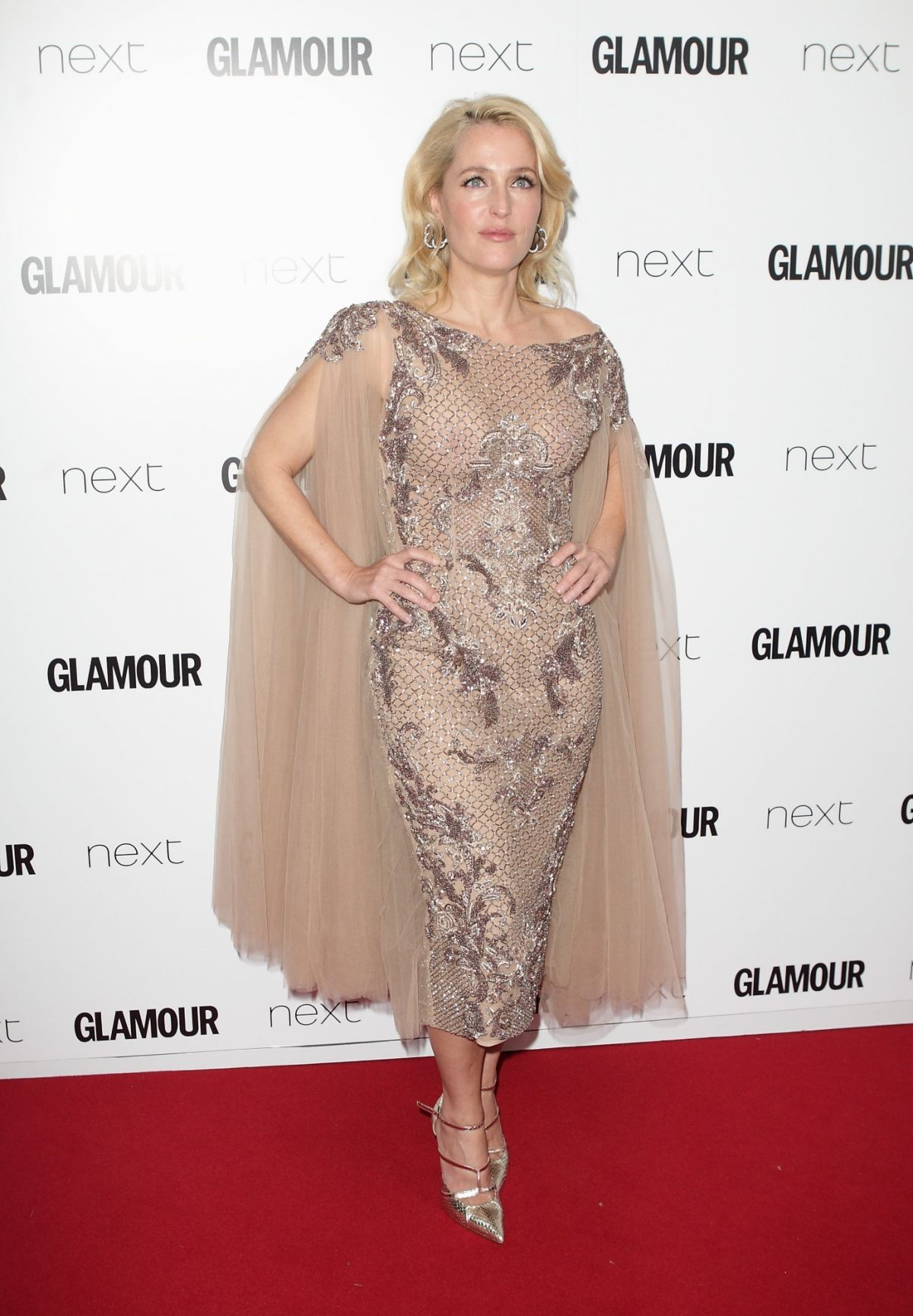 Gillian Anderson glamour