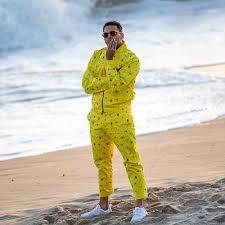 Chris- Brown - dsquared2- Pia Mia