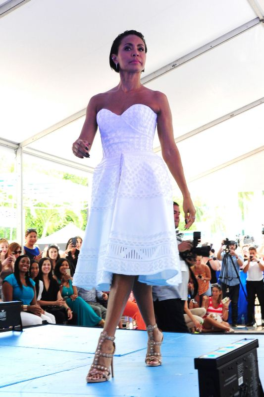 jada-pinkett-msith-honored-with-a-star-on-the-miami-walk-of-fame-ermanno-scervino-dress-alaia-sandals-1