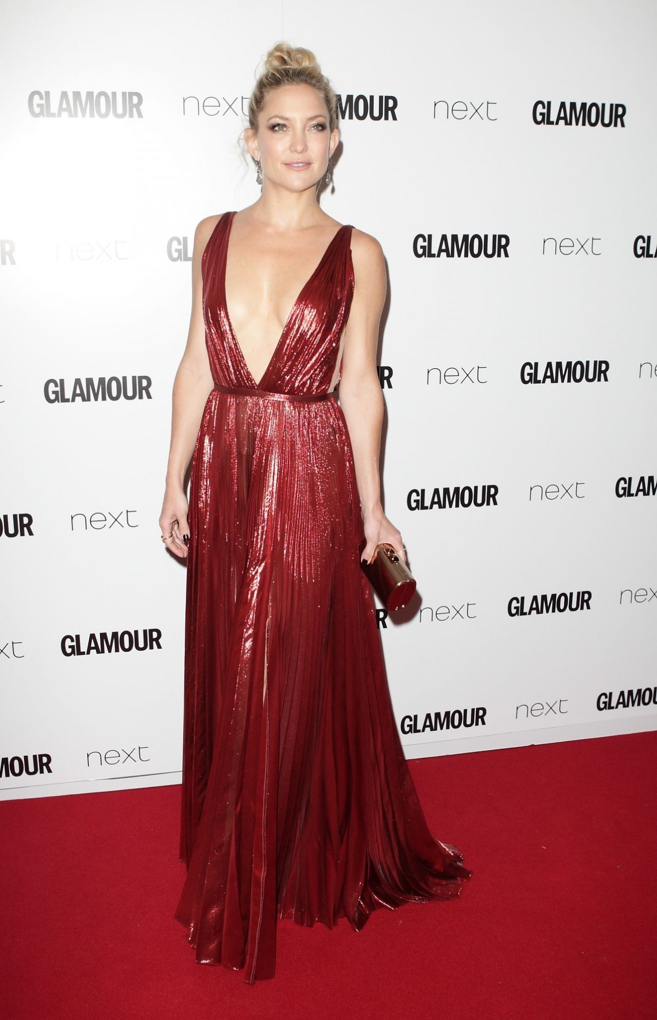kate-hudson-2015-glamour-women-of-the-year-awards-in-london_16