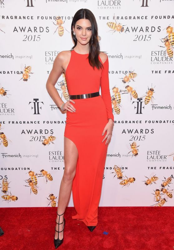 kendall-jenner-in-halston-heratige-2015-fragrance-foundation-awards-in-nyc