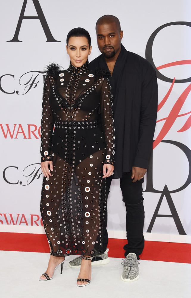 kim-kardashian-kanye-west-2015-CFDA-Fashion-Awards-Inside-Arrivals