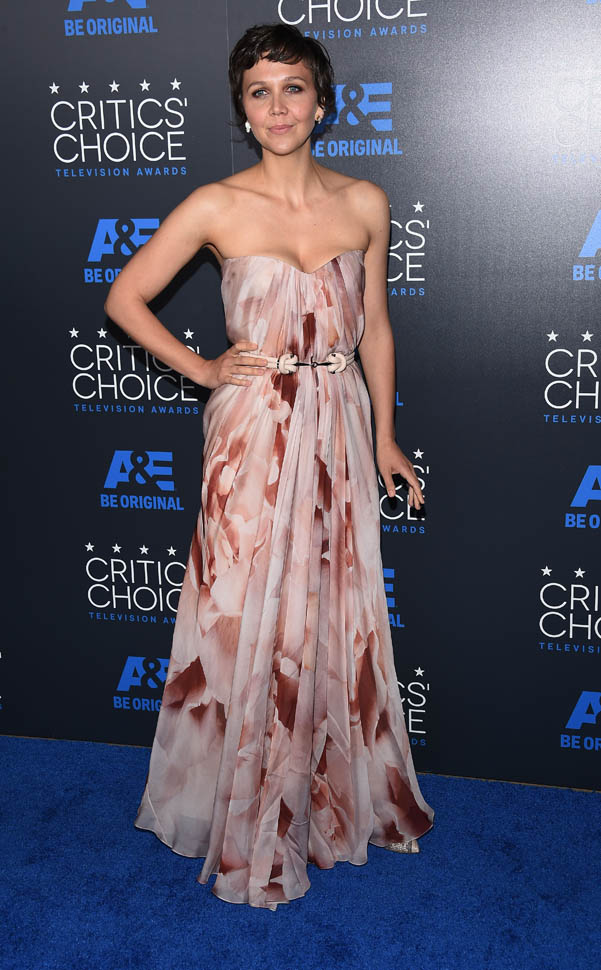 Maggie- Gyllenhaal- at-5th-annual-critics-choice-television-awards-in-beverly-hills_1