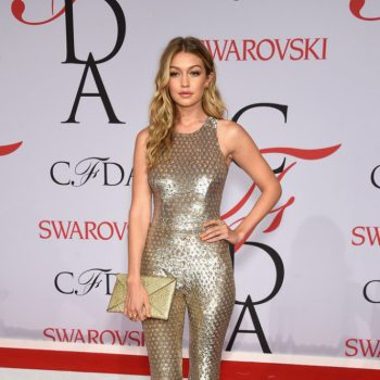 michael-kors-Gigi-Hadid-2015-CFDA-Fashion-Awards-Inside-YlgliTYQstax-665×1000