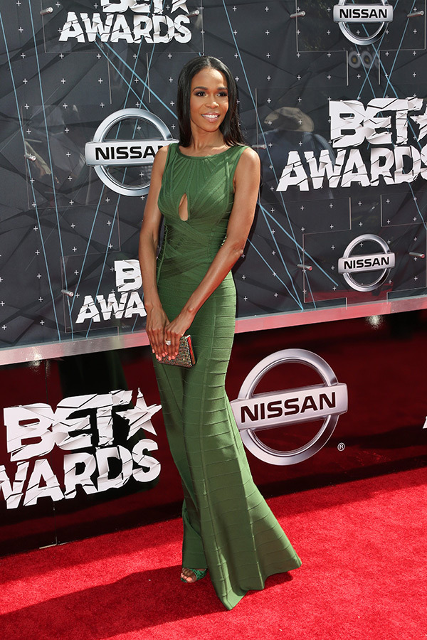 michelle-williams-bet-awards-2015-red-carpet
