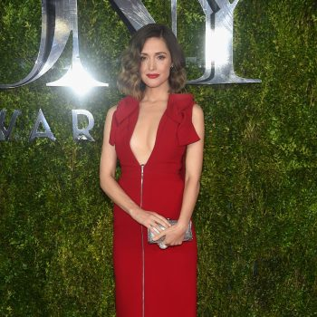 rose-byrne-tonys-red-carpet