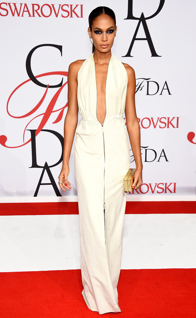joan-smalls-in-calvin-klein-collection-at-the-2015-cfda-fashion-awards