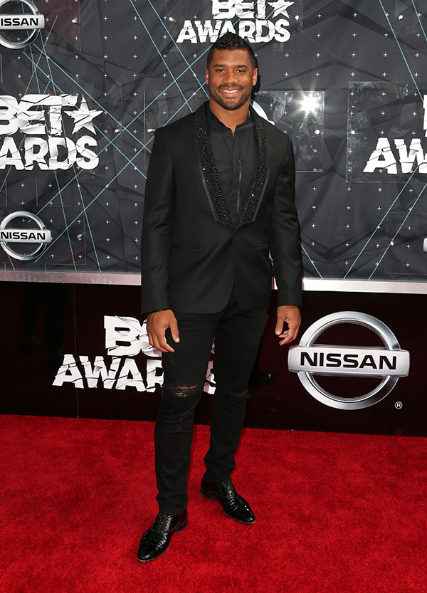 russel-wilson-bet-awards-2015-red-carpet