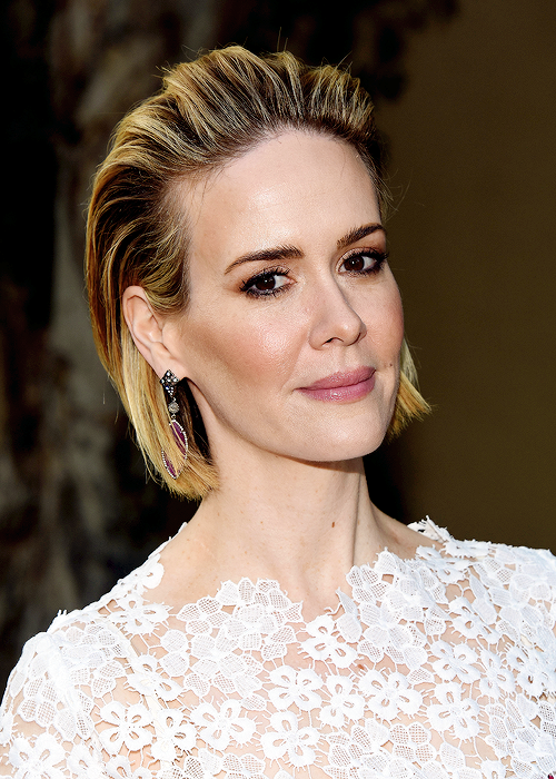 sarah-paulson-in-yanina-at-the-american-horror-story-freakshow-screening-and-q-a