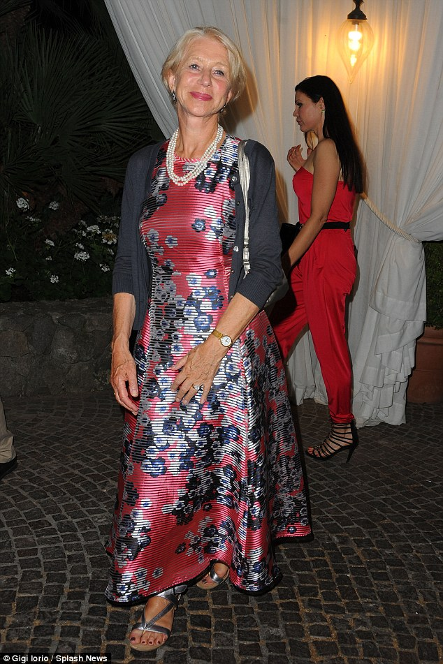 helen-mirren-in-l-k-bennett-dolce-gabbana-2015-ischia-global-film-music-fest