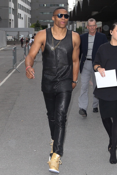 -russell-westbrook-givenchy-paris-street