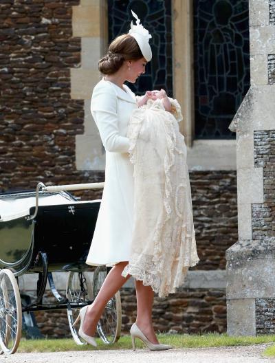 catherine-duchess-cambridge-alexander-mcqueen-princess-charlottes-christening/