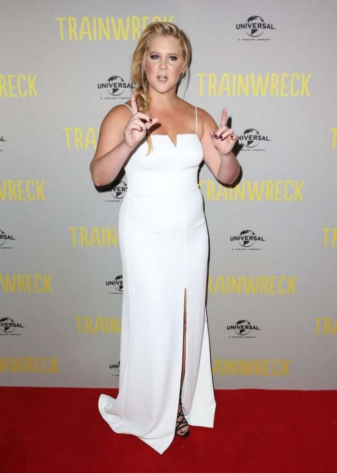 Amy-Schumer-Trainwreck-Premiere-03-662×928