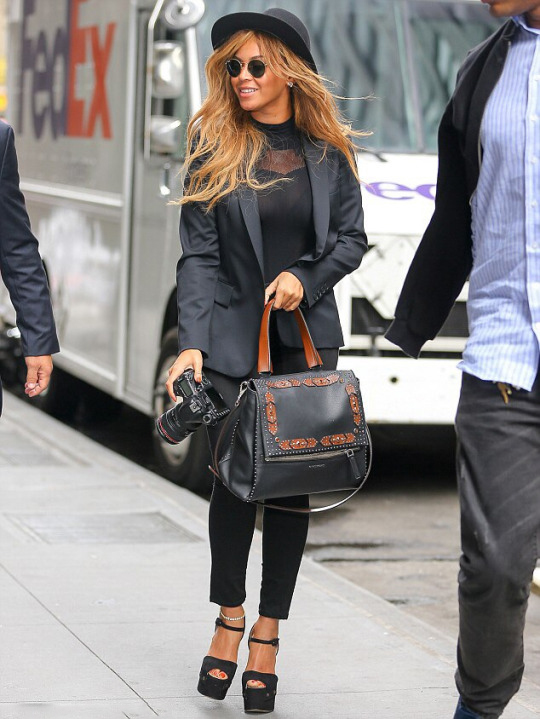 Beyonce -New-York-Givenchy-Black-and-Brown-Pandora-Studded-Satchel-Bag