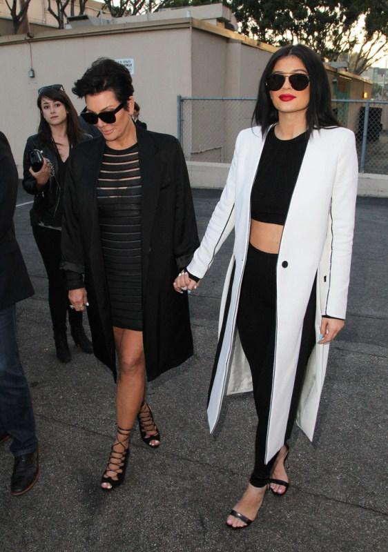 Kylie-Jenner-Celebrities-Pose-Premiere-New-kls-kimora-lee-simmons-3