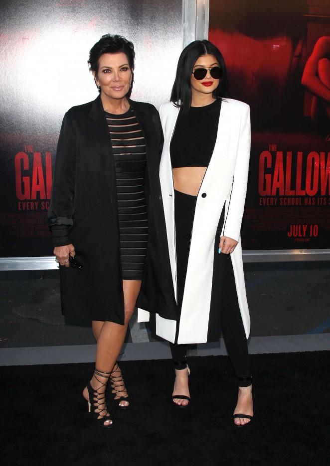 Kylie-Jenner--The-Gallows-LA-Premiere--20-662x936