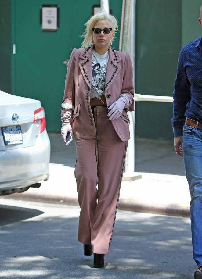 lady-gaga-in-marc-jacobs-out-in-new-york-city