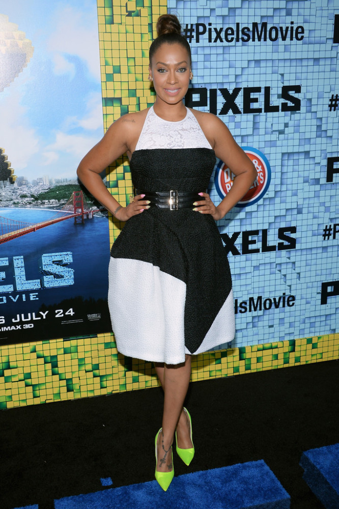 Lala-Anthonys-Pixels-Premiere-J.-Mendel-Black-and-White-Dress-and-Neon-Christian-Dior-Pumps-666x1000-1