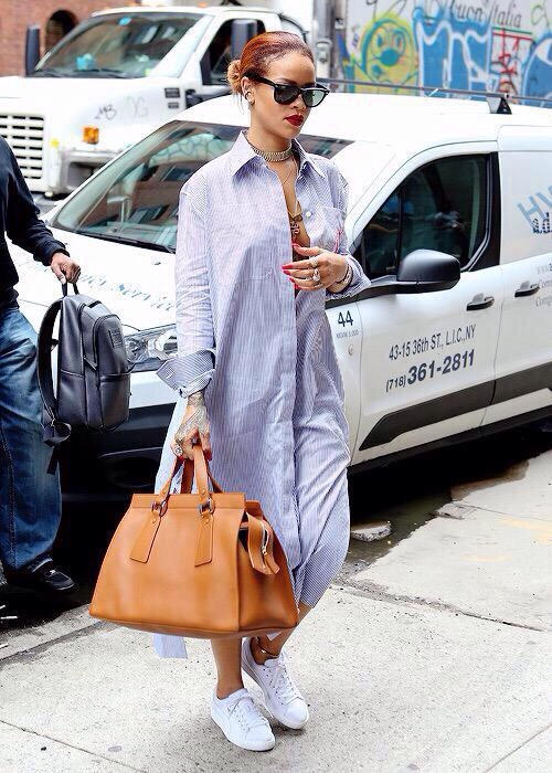 Rihanna-was-SPOTTED-at-the-streets-of-NYC-in-a-maxi-striped-shirtdress.