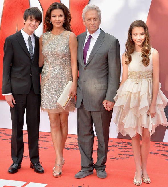 catherine-zeta-jones-in-kaufmanfranco-ant-man-london-premiere