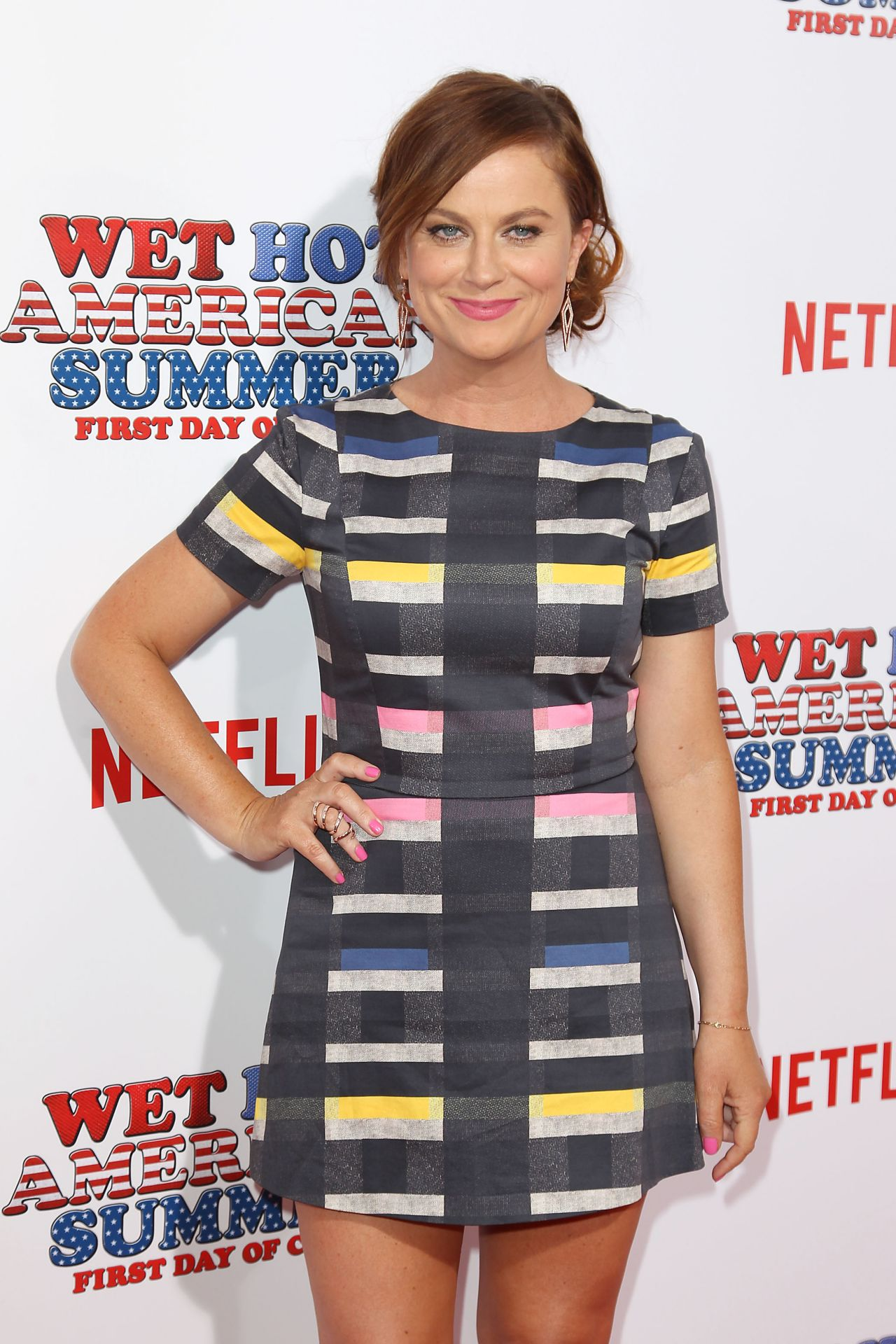amy-poehler-in-beckley-at-the-wet-hot-american-summer-first-day-of-camp-series-premiere