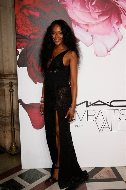 Naomi -Campbell- -MAC- Cosmetics= Giambattista Valli- Floral- Obsession -Ball
