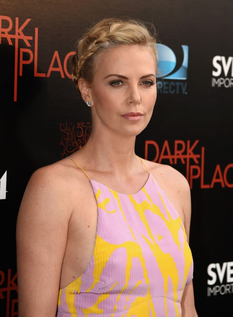 charlize-theron-in-christian-dior-premiere-of-directvs-dark-places