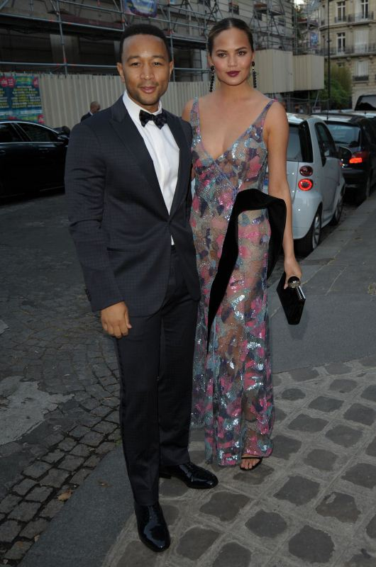chrissy-teigen-john-legend-at-vogue-party-at-paris-washion-week-armani