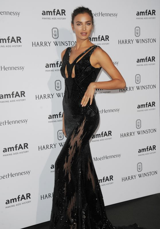 irina-shayk-on-red-carpet-amfar-dinner-in-paris-july-2015