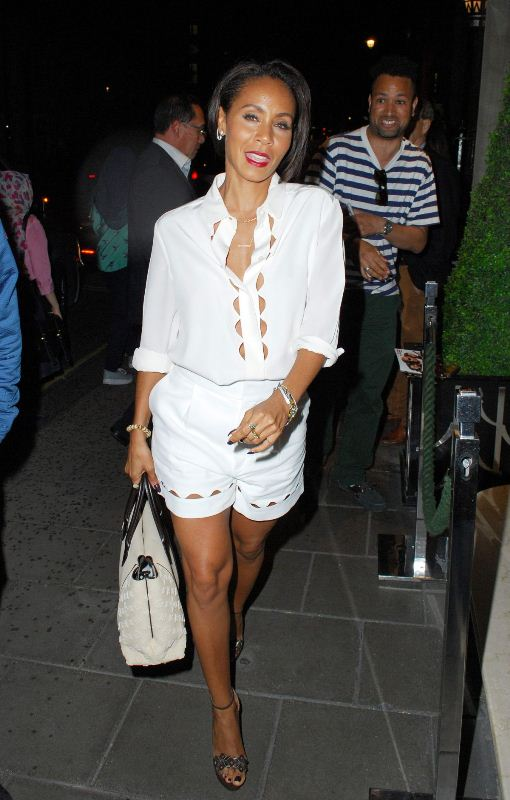 jada-pinkett-smith-arrives-at-her-hotel-in-london-07-03-2015-chloe